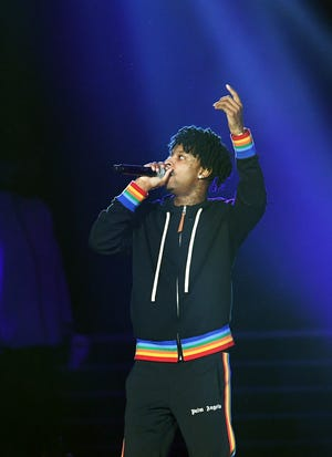 21 Savage performs onstage during Bud Light Super Bowl Music Fest / EA SPORTS BOWL at State Farm Arena on January 31, 2019 in Atlanta, Georgia.