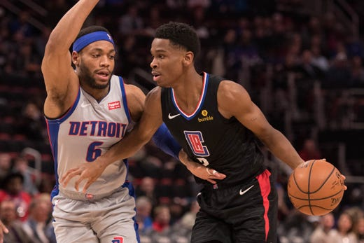 33aa57aa7 Clippers guard Shai Gilgeous-Alexander moves to the basket against Pistons  guard Bruce Brown during