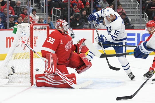 Toronto Maple Leafs center Patrick Marleau (12) scores a goal on Detroit Red Wings goaltender Jimmy Howard (35) during the third period at Little Caesars Arena on February 01, 2019.
