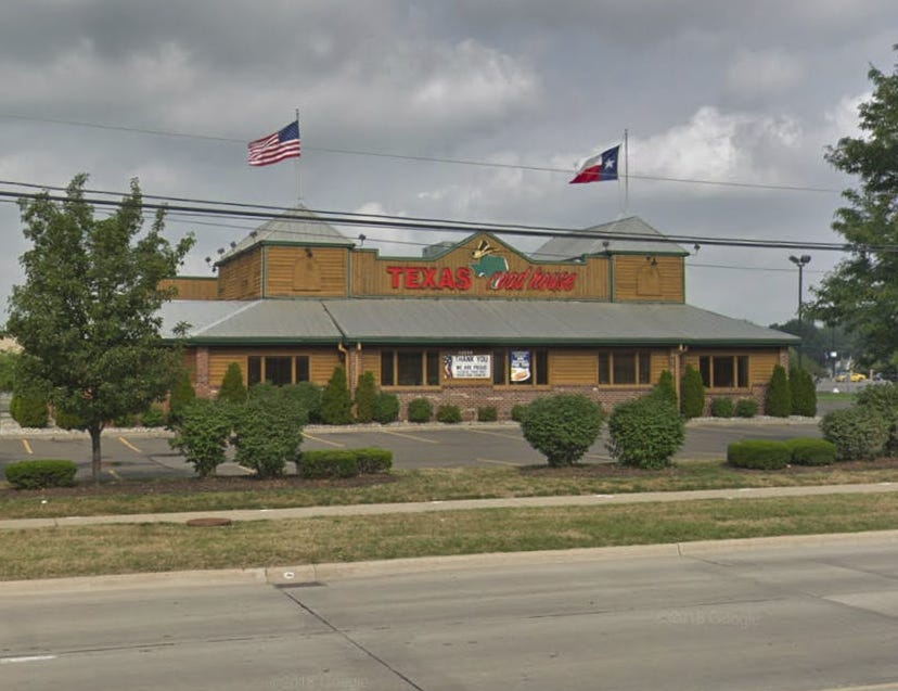 A worker at a Texas Roadhouse restaurant in Taylor was arrested Friday night after allegedly stabbing a coworker, police confirmed.