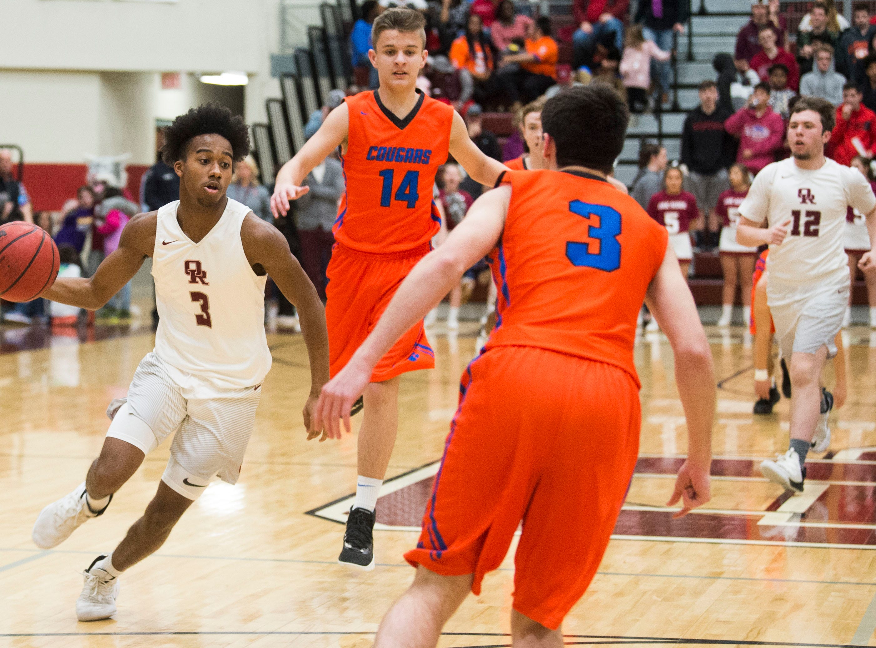 Oak Ridge's JaVonte Thomas (3) drives down the court during a high school basketball game between Oak Ridge and Campbell County at Oak Ridge Friday, Feb. 1, 2019.