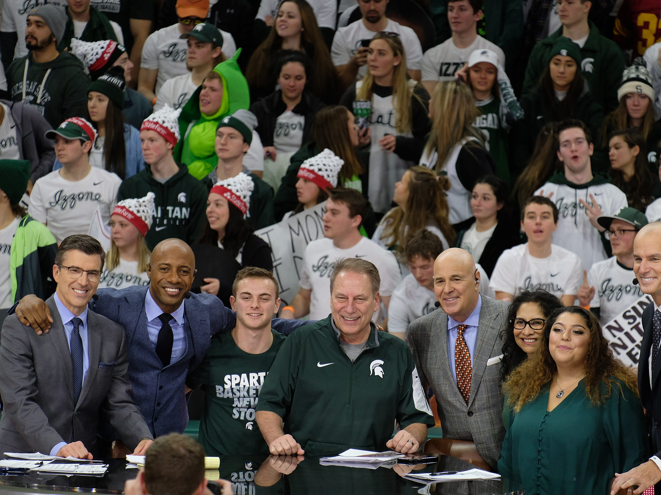 The Izzo family pose for a photo with the ESPN hosts at the Breslin Center Saturday, Feb. 2, 2019.