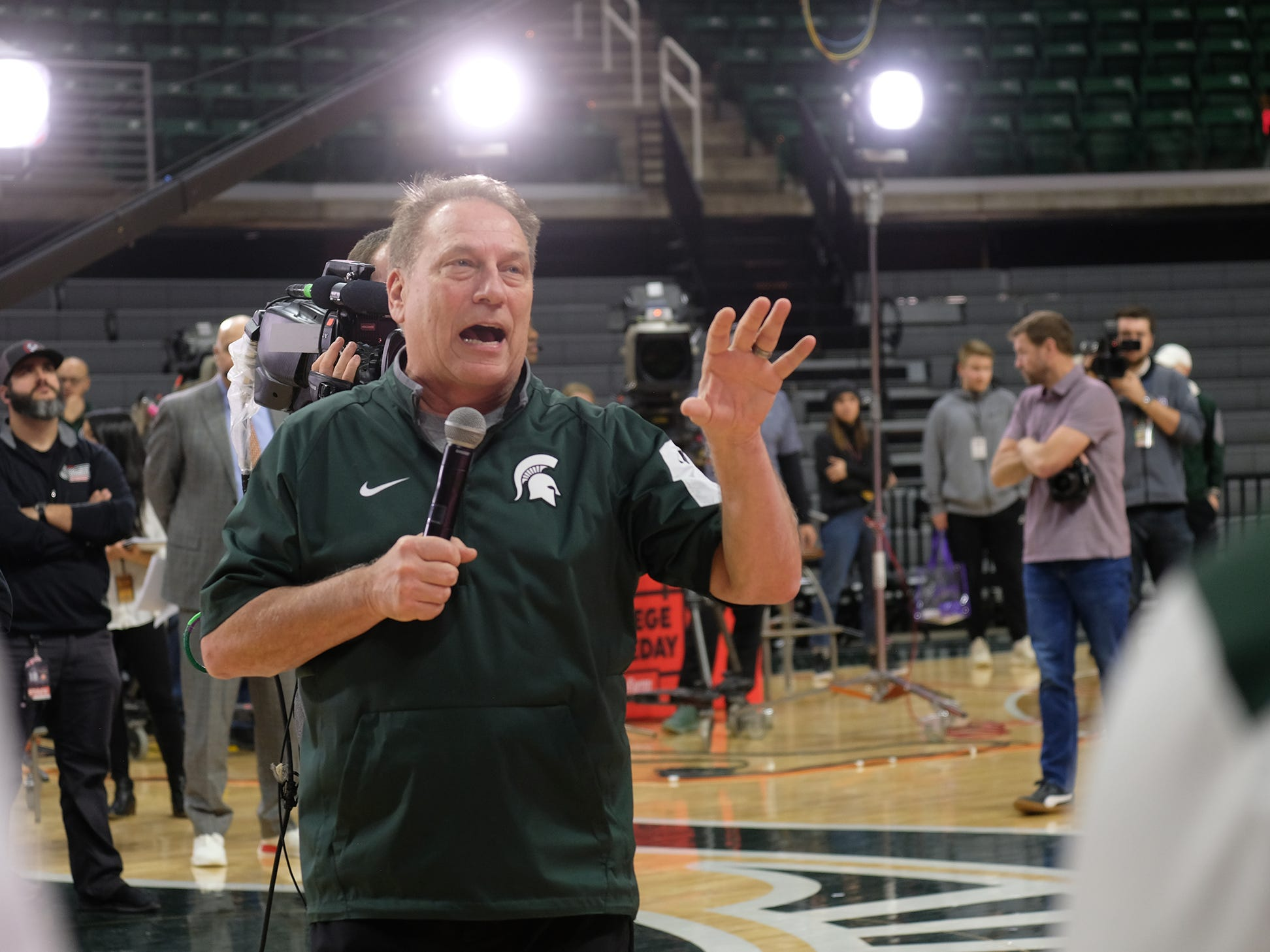Head MSU Basketball Coach Tom Izzo speaks to the audience at the Breslin Center during the ESPN College GameDay broadcast Saturday, Feb. 2, 2019.