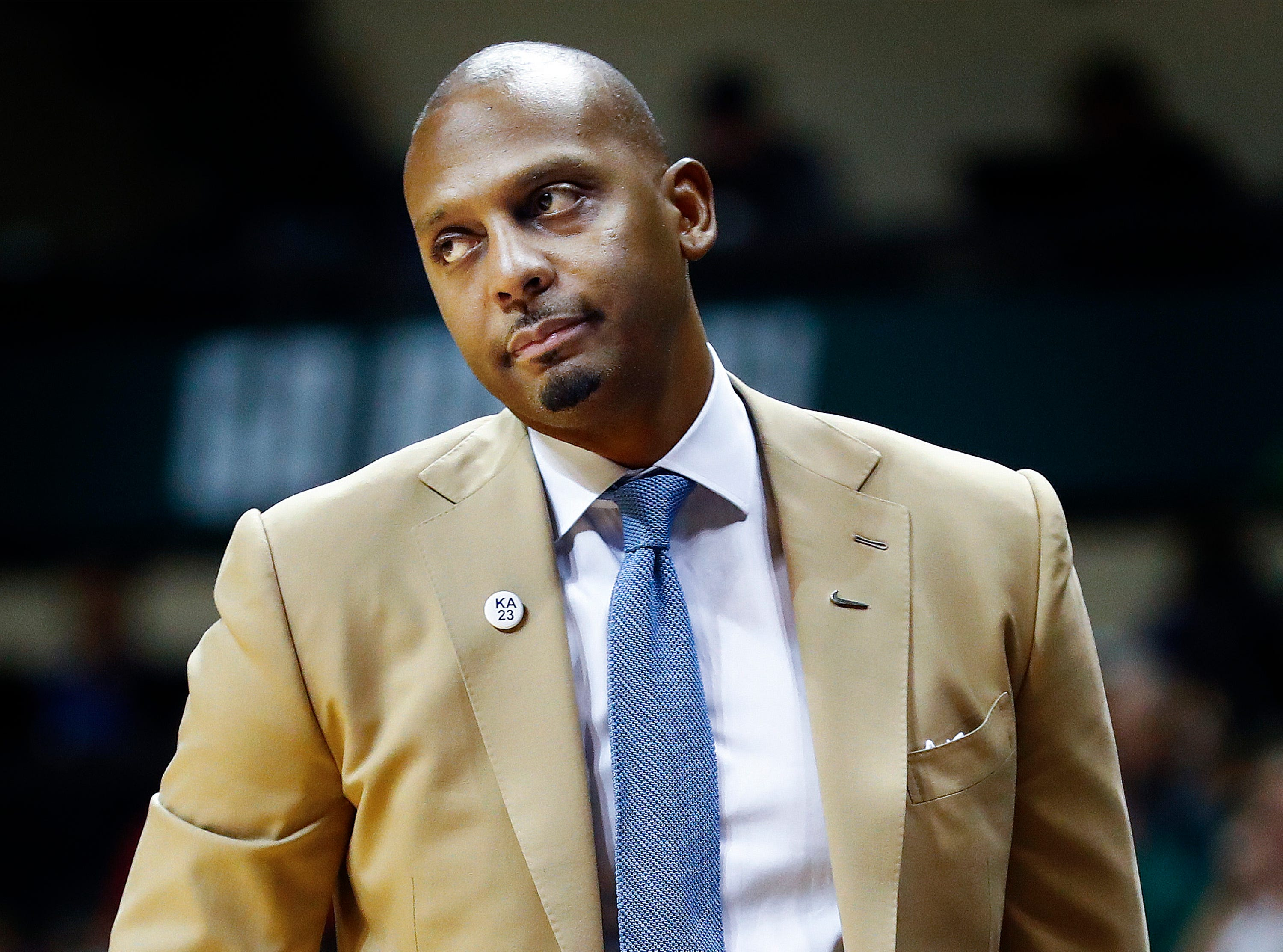 Memphis head coach Penny Hardaway looks on during the final minutes of a 84-78 loss to USF in Tampa, Saturday, February 2, 2019.