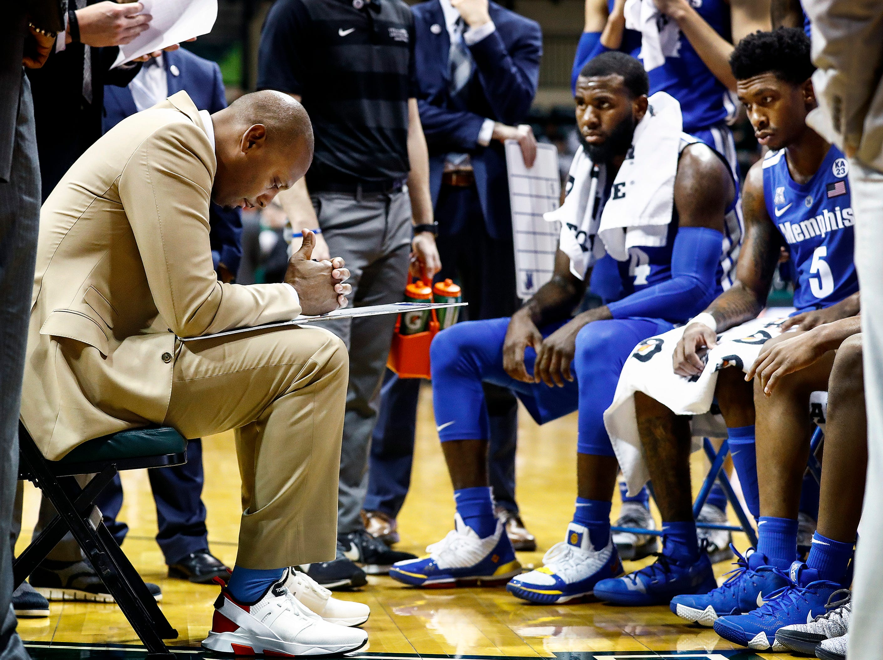 Memphis head coach Penny Hardaway collects his thoughts in a timeout during a 84-78 loss to USF in Tampa, Saturday, February 2, 2019.