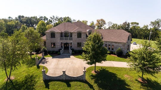 The front of the home at 2061 McMahan Hollow Road in Pleasant View.