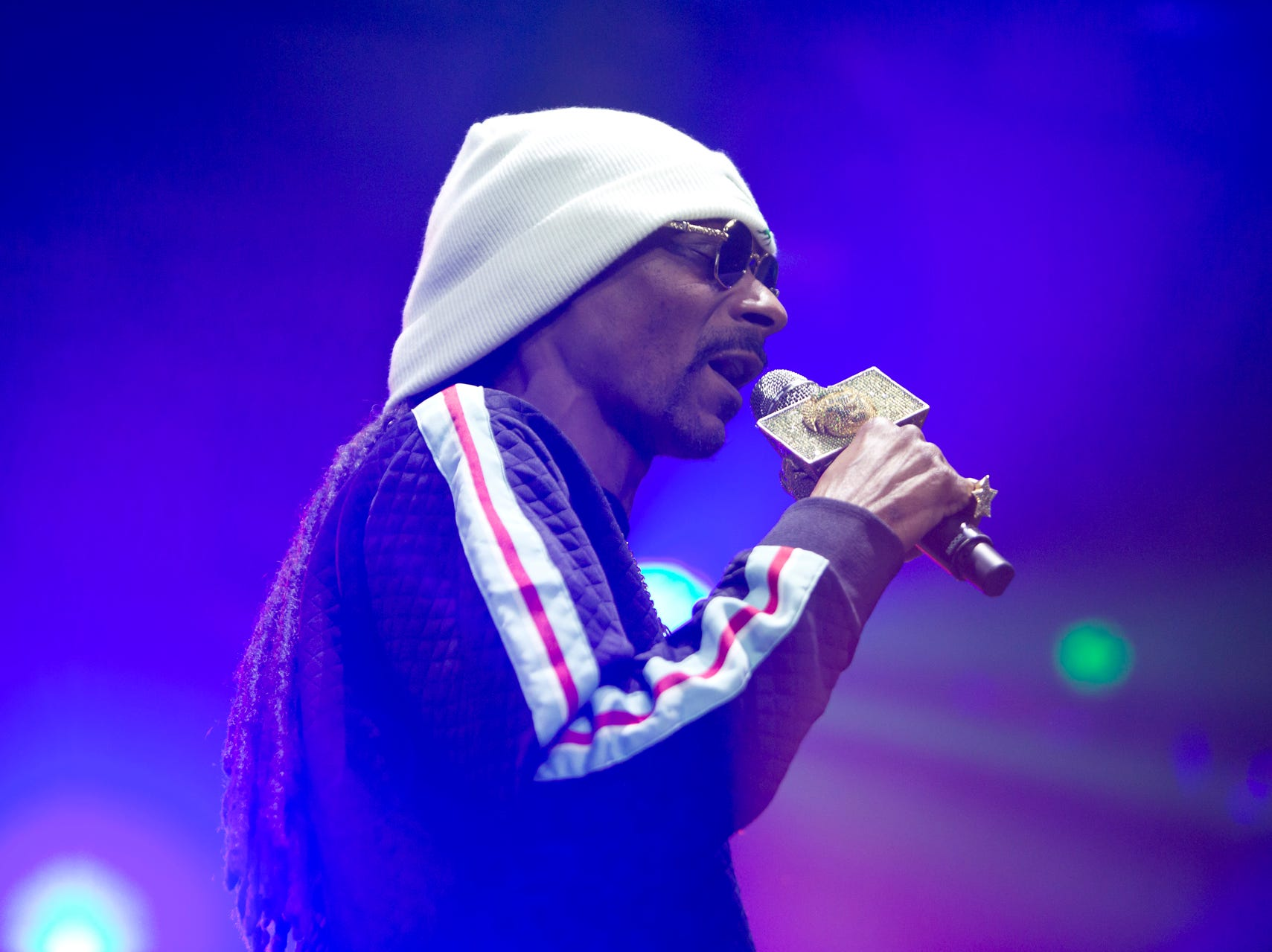 Snoop Dogg performs at the TPC Scottsdale Birds Nest during the Waste Management Phoenix Open on Friday, Feb. 1, 2019.  Lisa Webb/Special for AZCentral.com