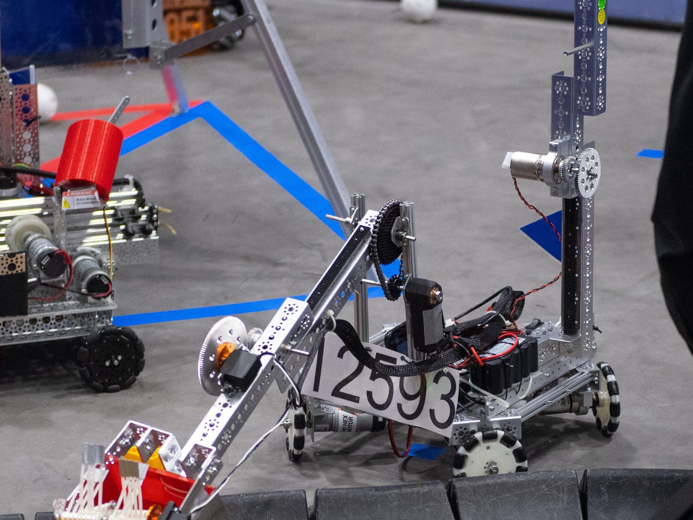 The objective of the competition is to use robots, made by the students, to collect the most items and return them to the ship before time runs out, February 2, 2019.