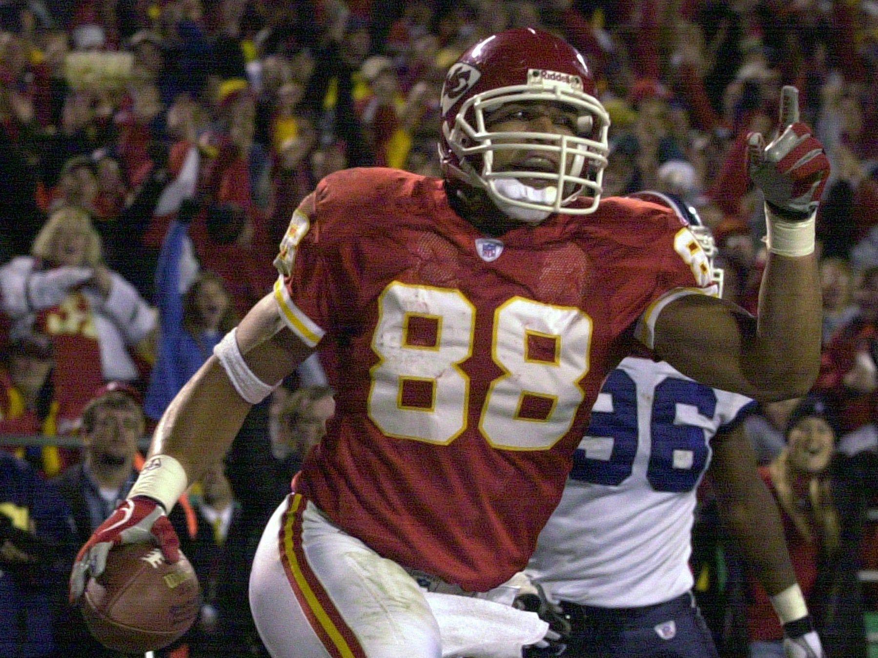 Tony Gonzalez, tight end for Kansas City Chiefs (1997-2008) and Atlanta Falcons (2009-2013).