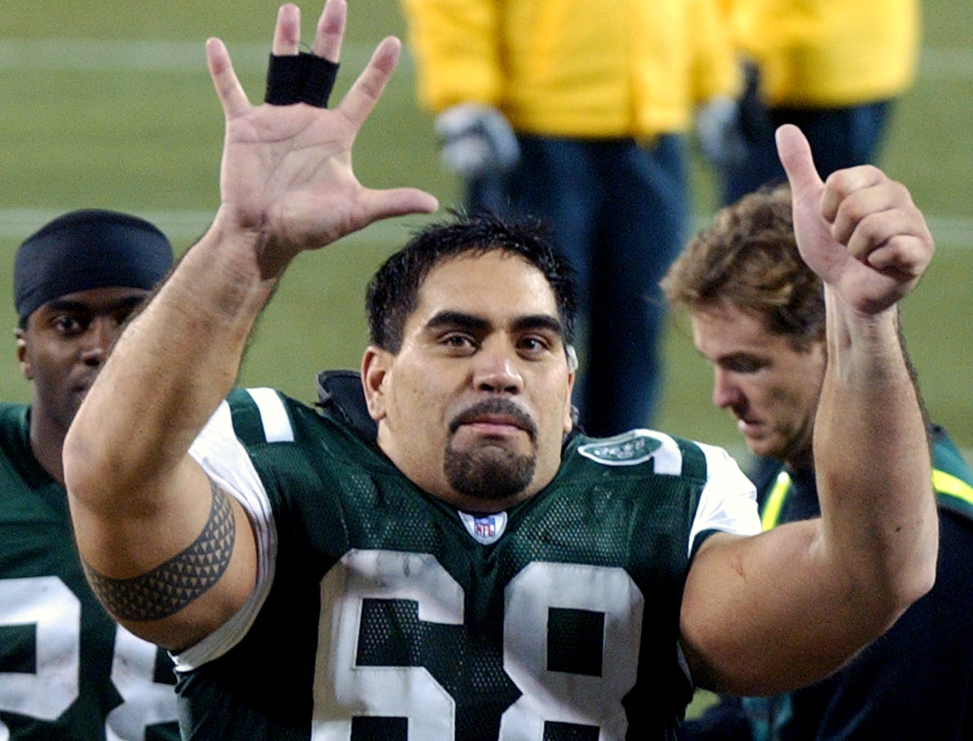 Kevin Mawae, offensive lineman for the Seattle Seahawks (1994-97), New York Jets (1998-2005) and Tennessee Titans (2006-09).