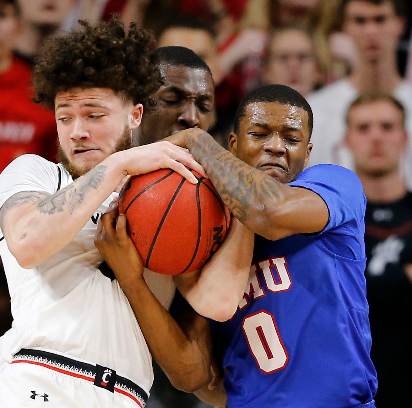 Report: Cincinnati Bearcats' Logan Johnson enters NCAA transfer portal