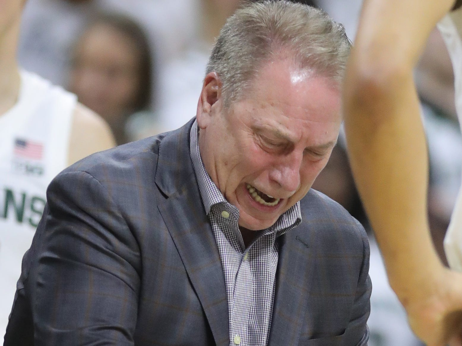 Michigan State coach Tom Izzo sets up a play during the second half of the 79-75 overtime loss to Indiana on Saturday, Feb. 2, 2019, in East Lansing.