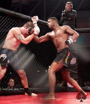 Wausau East graduate Andre Hall is 2-1 as a professional MMA fighter at 185 pounds.