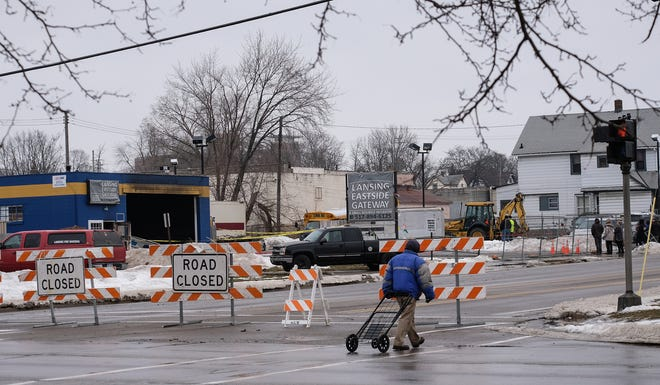 A fatal fire at the Lansing Eastside Gateway small business incubator caused a stretch of East Kalamazoo to be closed Sunday, Feb. 3, 2019.