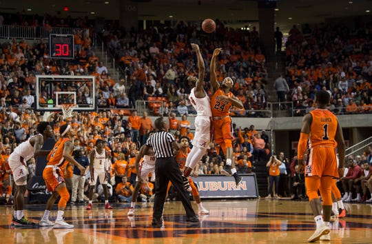 Tip-off between Alabama and Auburn at Auburn Arena in Auburn, Ala., on Saturday, Feb. 2, 2019.