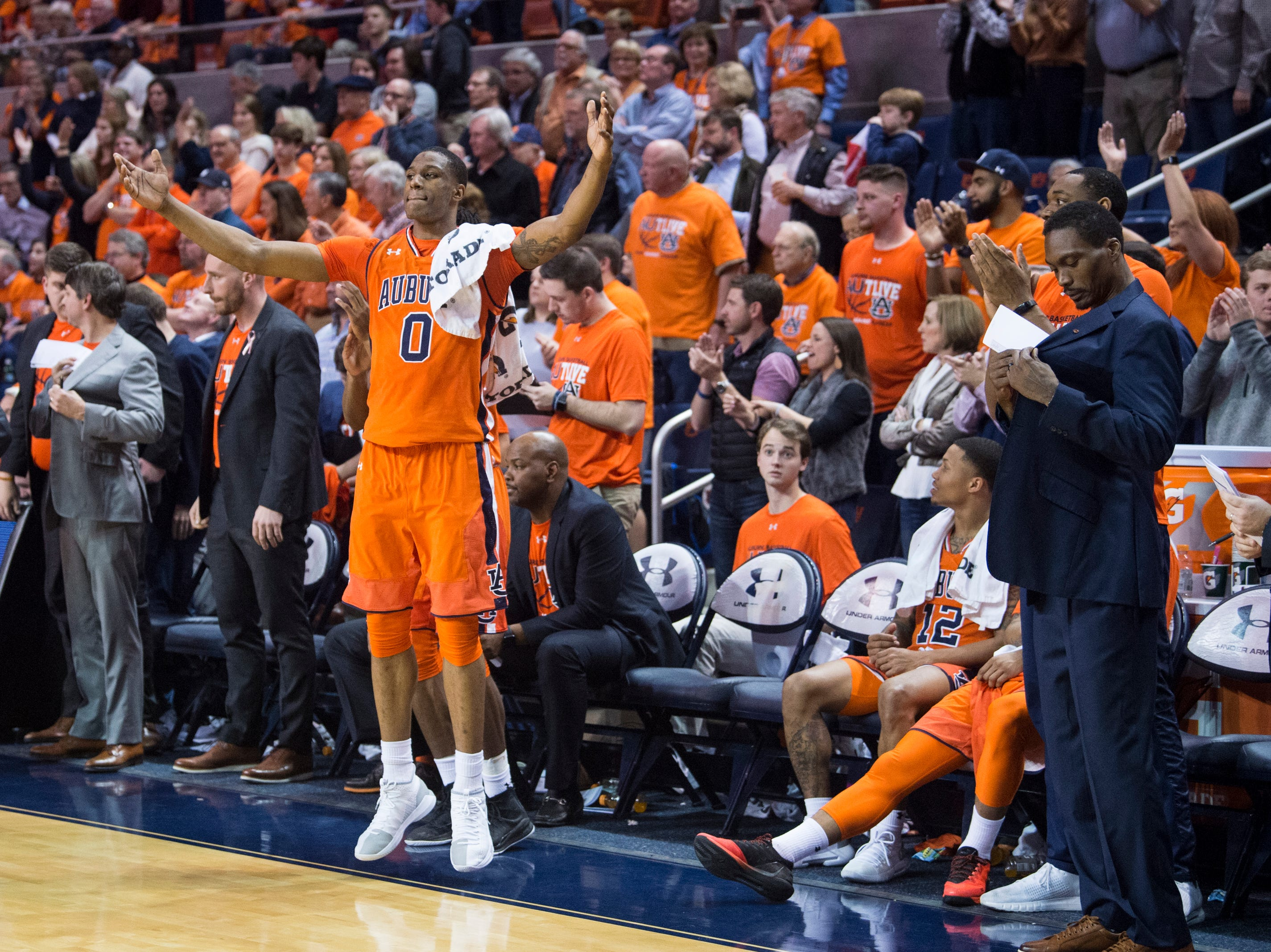 Auburn forward Horace Spencer (0) celebrates in the final seconds of the game at Auburn Arena in Auburn, Ala., on Saturday, Feb. 2, 2019. Auburn defeated Alabama 84-63.