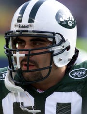 Jets  All-Pro center Kevin Mawae