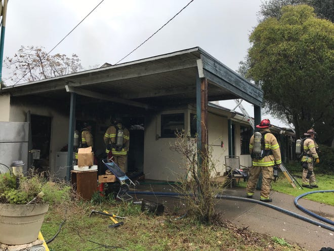 A fire did significant damage to a duplex off Bechelli Lane in Redding on Sunday.