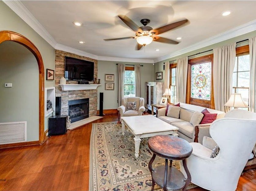 648 Unadilla St., Shreveport Price: $295,000 Details: 3 bedrooms, 3 bathrooms, 2,495 square feet Special features: Charming home with modern updates, garage with ample parking and air conditioned office, remote master suite. Contact: Trey Newell, 560-0176