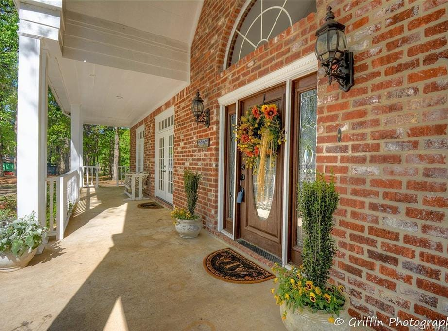 6674 North Club Drive, Shreveport Price: $449,900 Details: 4 bedrooms, 5 bathrooms, 5,512 square feet Special features: Move-in ready on 2.6 acres with remote master bedroom suite priced below appraised value. Contact: Michael Salter, 208-4045