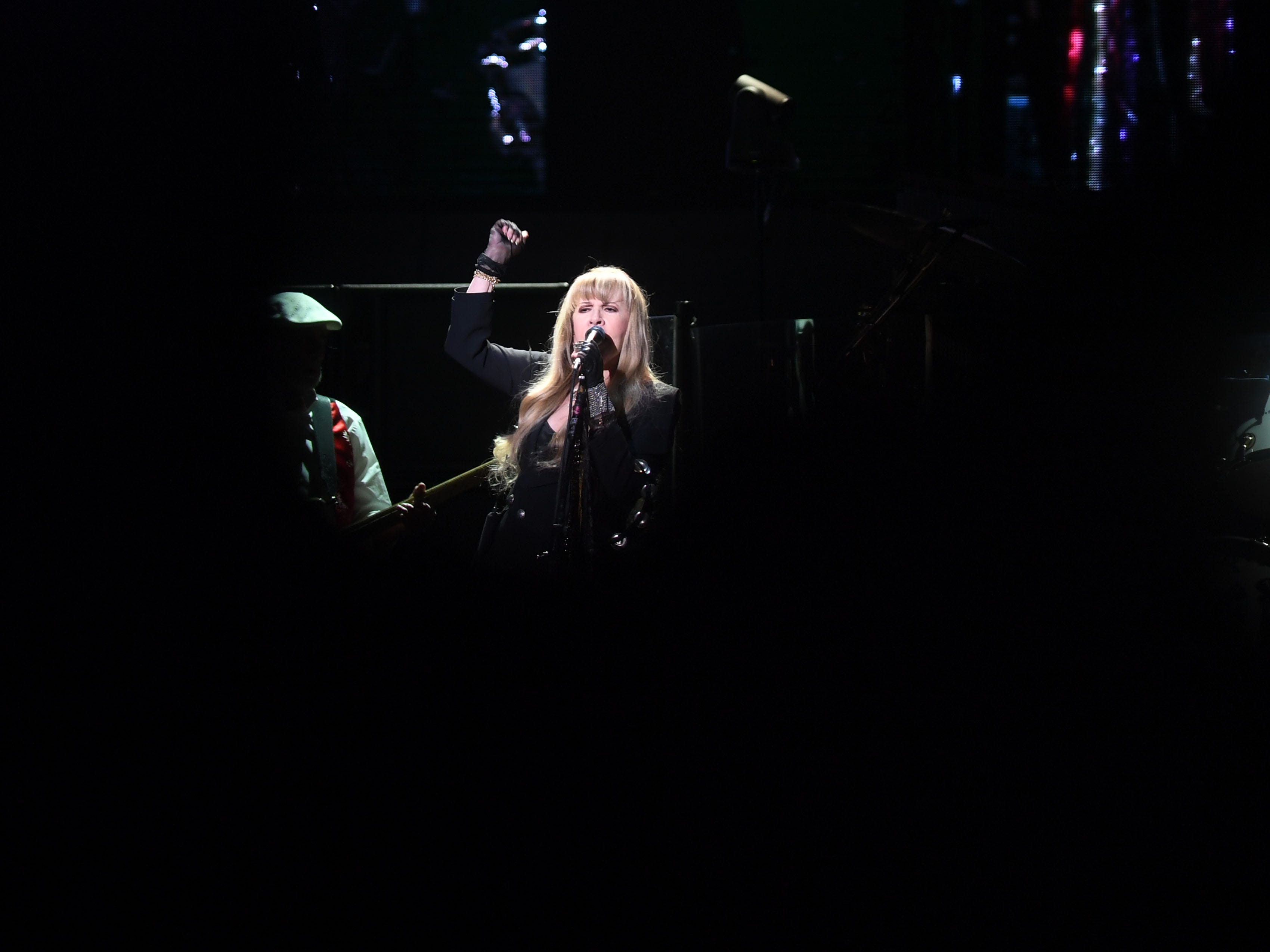 Fleetwood Mac's Stevie Nicks performs at the Denny Sanford Premier Center Saturday, Feb. 2, in Sioux Falls. The new lineup included Mick Fleetwood, John McVie, Stevie Nicks, Christine McVie, Mike Campbell and Neil Finn.