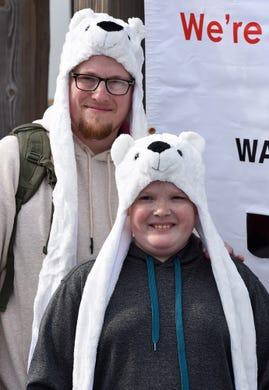 Polar Bear Plunge: Man charged for selling fake T-shirts ...