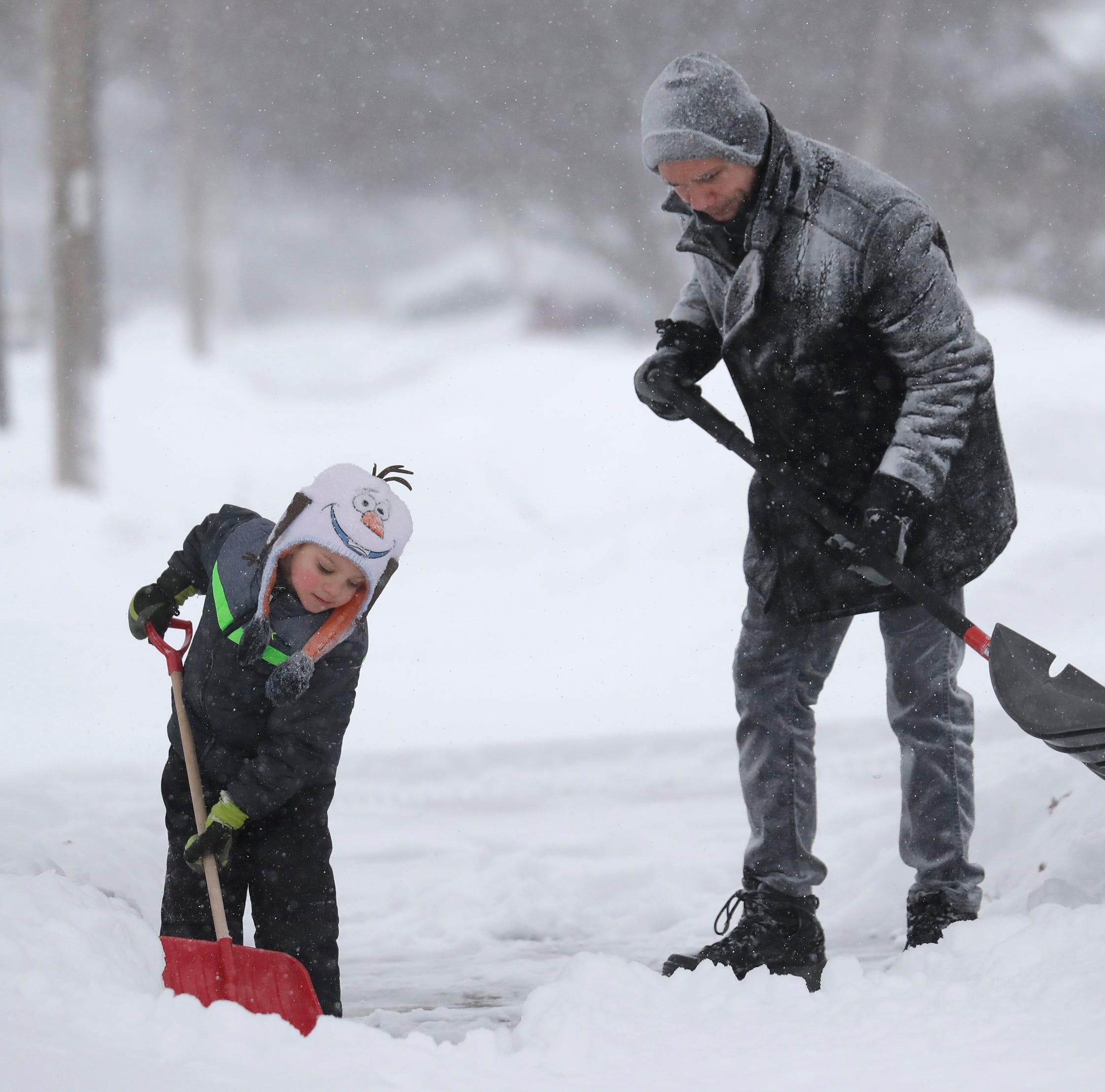'No exceptions': Appleton requires removal of snow from sidewalks within 36 hours