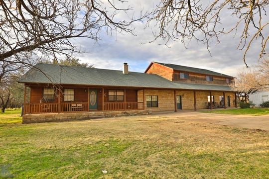3427 East I-20, Baird, TX