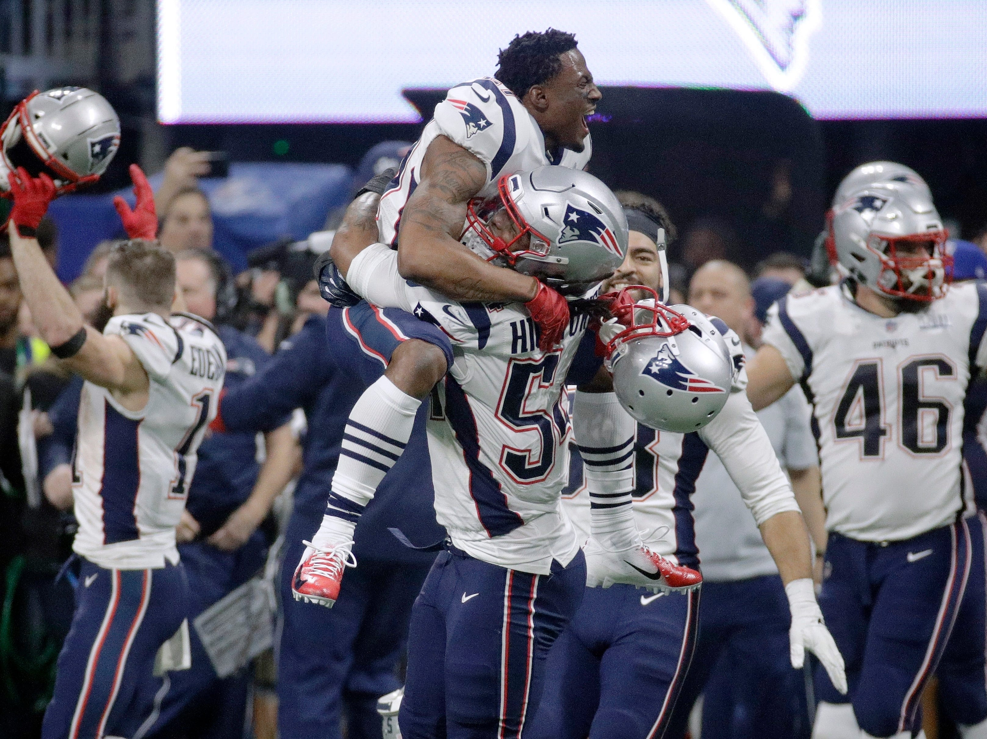 New England Patriots' Dont'a Hightower (54) gives a lift to a teammate as they celebrate winning the NFL Super Bowl 53 football game 13-3 over the Los Angeles Rams.