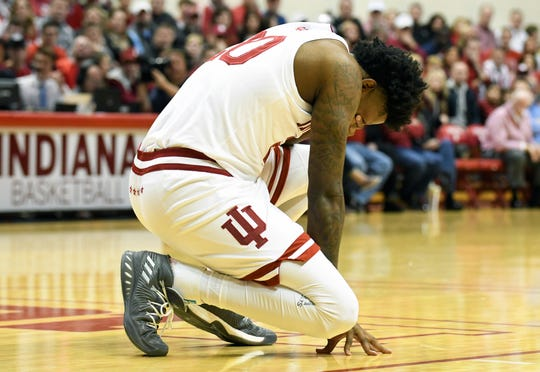 Hoosiers forward De'Ron Davis has struggled with injuries since arriving in Bloomington.