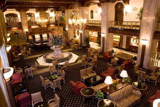 The lobby of The Peabody is a perfect spot for a pre-dinner cocktail on Valentine's Day.