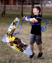 Declan Rockwood, 6, tries to get his kite to take flight Monday, Feb. 19, 2018, at Barfield Crescent Park in Murfreesboro.