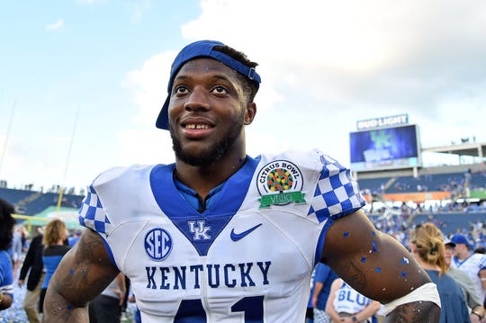 Could Kentucky Wildcats standout Josh Allen be the Arizona Cardinals' No. 1 pick in the 2019 NFL draft?