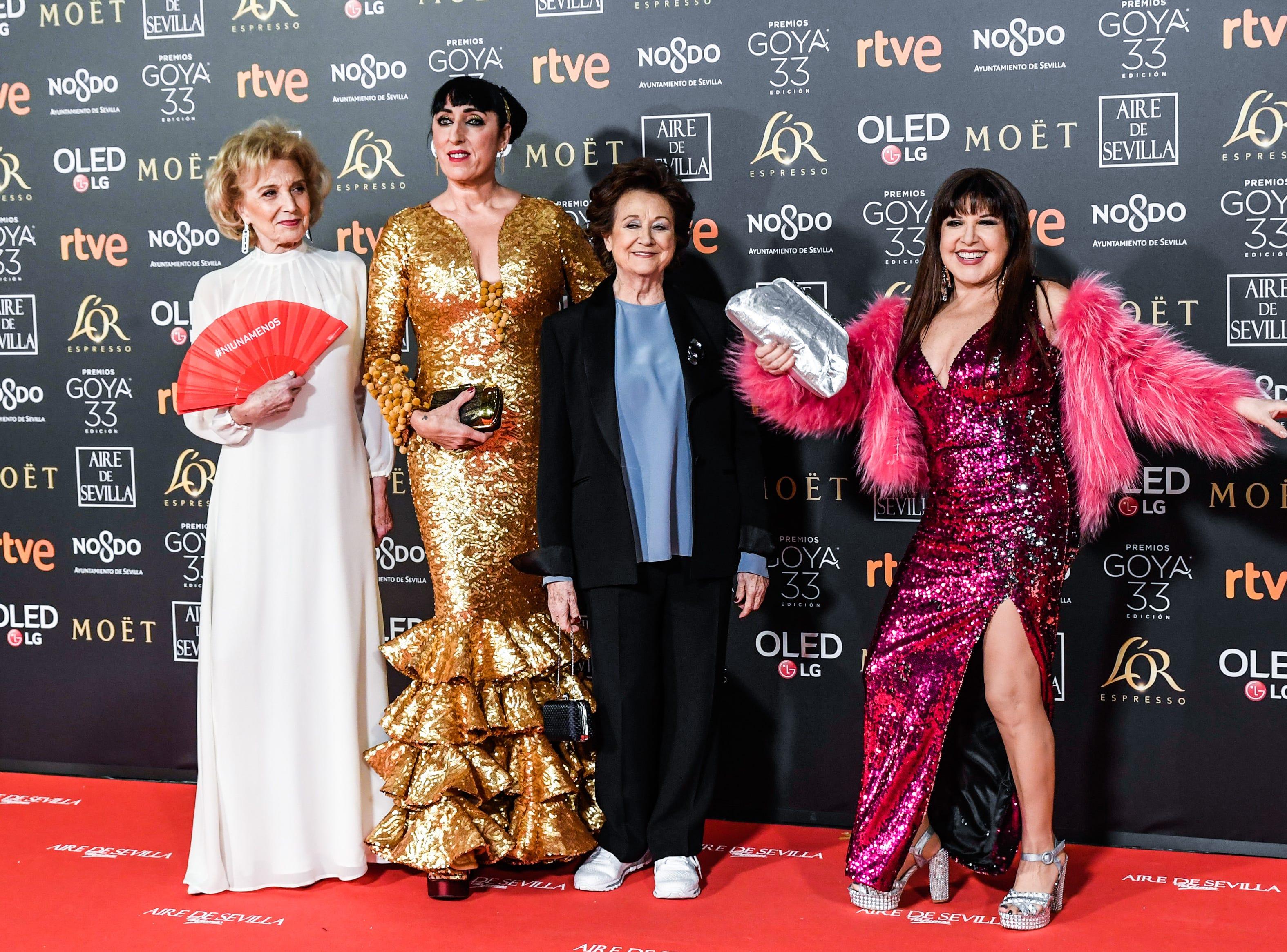 Marisa Paredes, Rossy de Palma, Julieta Serrano y Loles León asisten a la 33ª edición de los Premios de Cine Goya en el Palacio de Congresos y Exposiciones FIBES el 2 de febrero de 2019 en Sevilla, España.