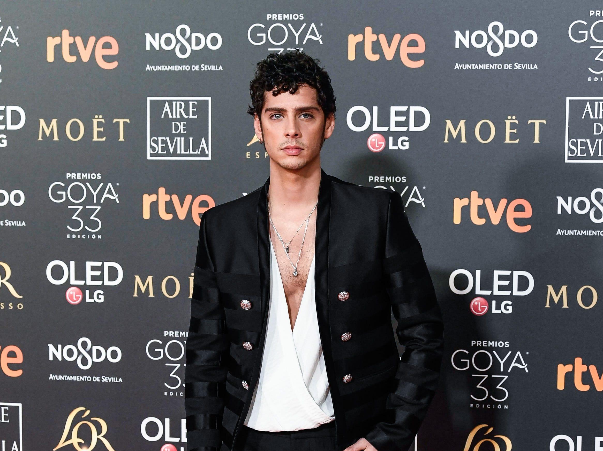 Eduardo Casanova asiste a la 33ª edición de los Premios de Cine Goya en el Palacio de Congresos y Exposiciones FIBES el 2 de febrero de 2019 en Sevilla, España.