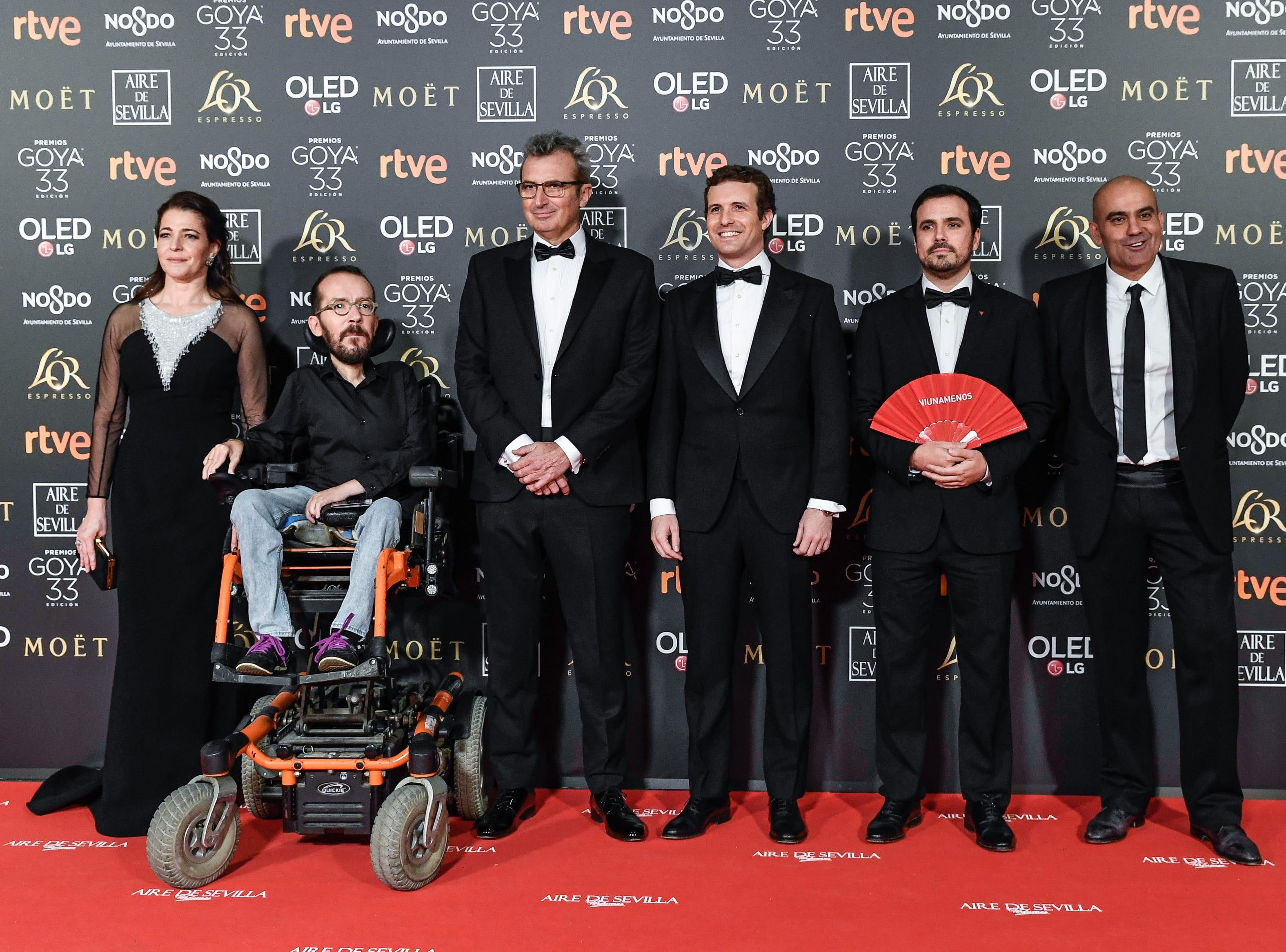 Pablo Echenique, Mariano Barroso, Pablo Casado y Alberto Garzán asisten a la 33ª edición de los Premios de Cine Goya en el Palacio de Congresos y Exposiciones FIBES el 2 de febrero de 2019 en Sevilla, España.