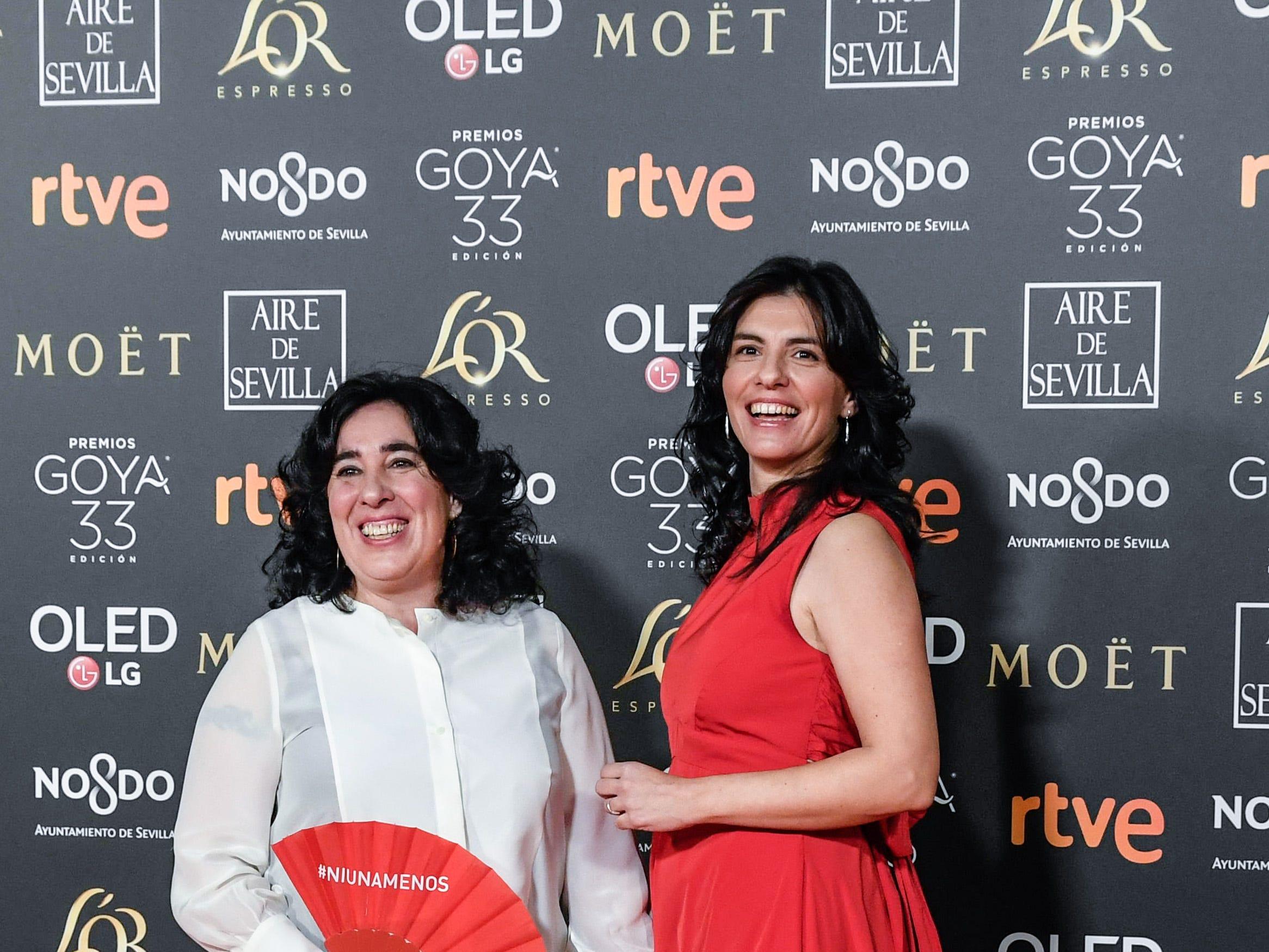 Arantxa Echevarria y Carolina Yuste asisten a la 33ª edición de los Premios de Cine Goya en el Palacio de Congresos y Exposiciones FIBES el 2 de febrero de 2019 en Sevilla, España.