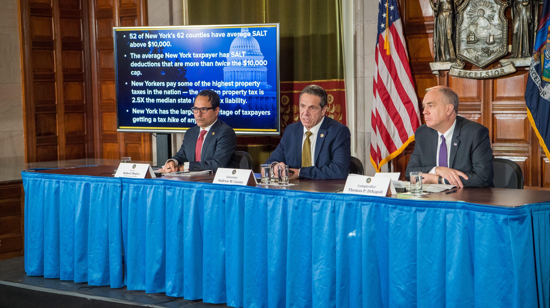 1336db086 New York faces a shortfall of  2.3B in tax revenue and blames Washington