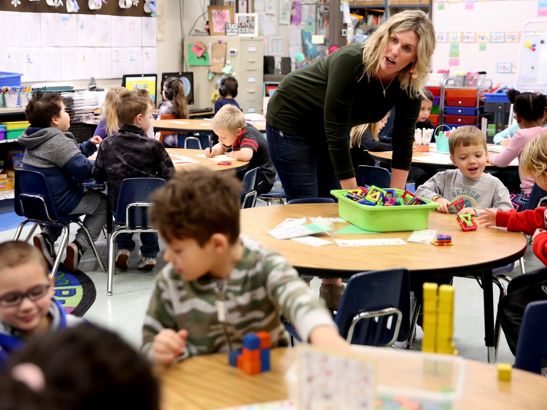 Teacher Jennifer Bethers keeps an eye on her kindergarten classroom with 34 students with one instructional assistant at Pringle Elementary School in Salem on Monday, Feb. 4, 2019.