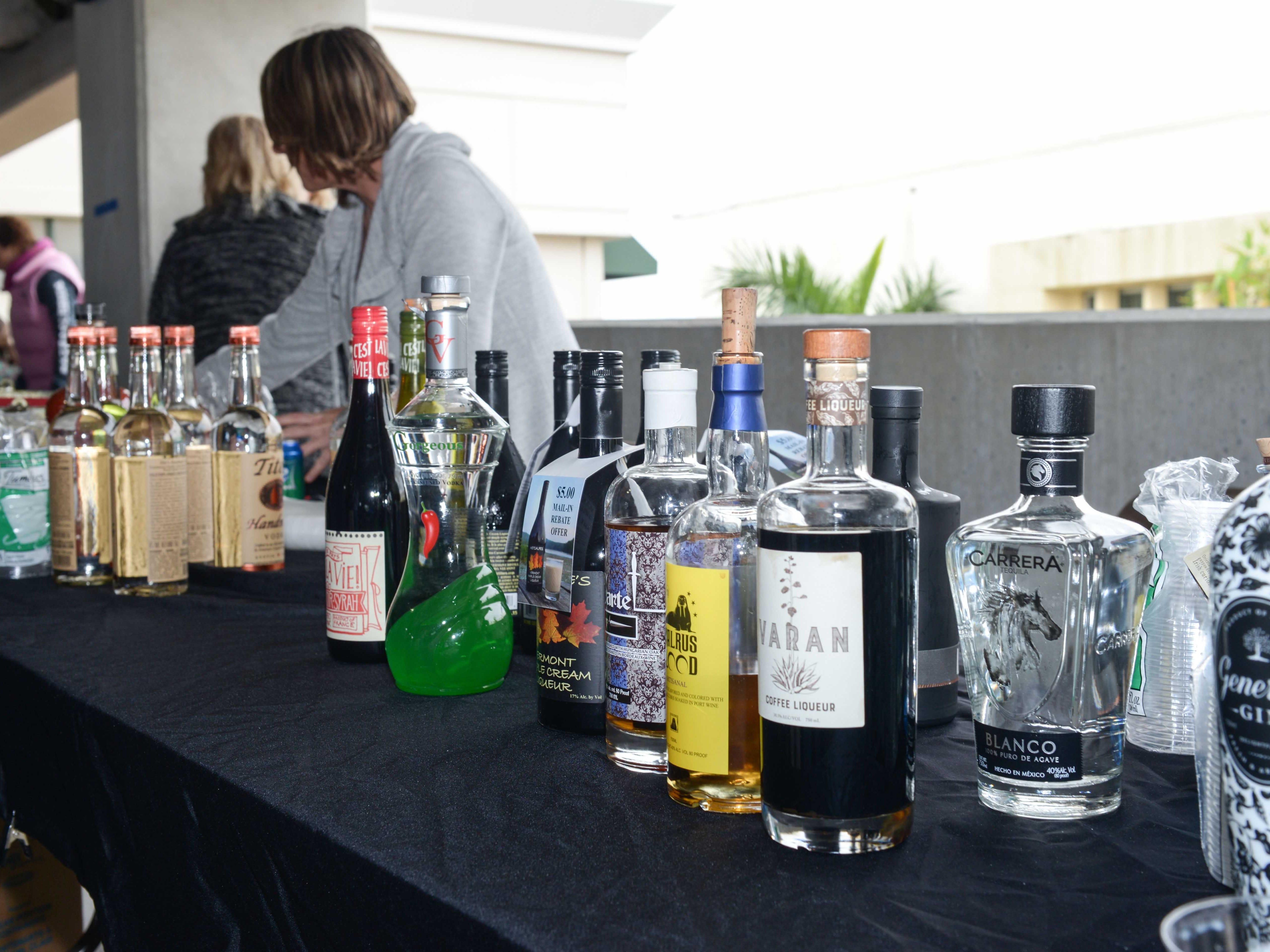 Roy's Liquors & Fine Wines at Bluebird Educational Foundation's Groovin' & Tastin' Sunrise City Wine & Spirits Fest.