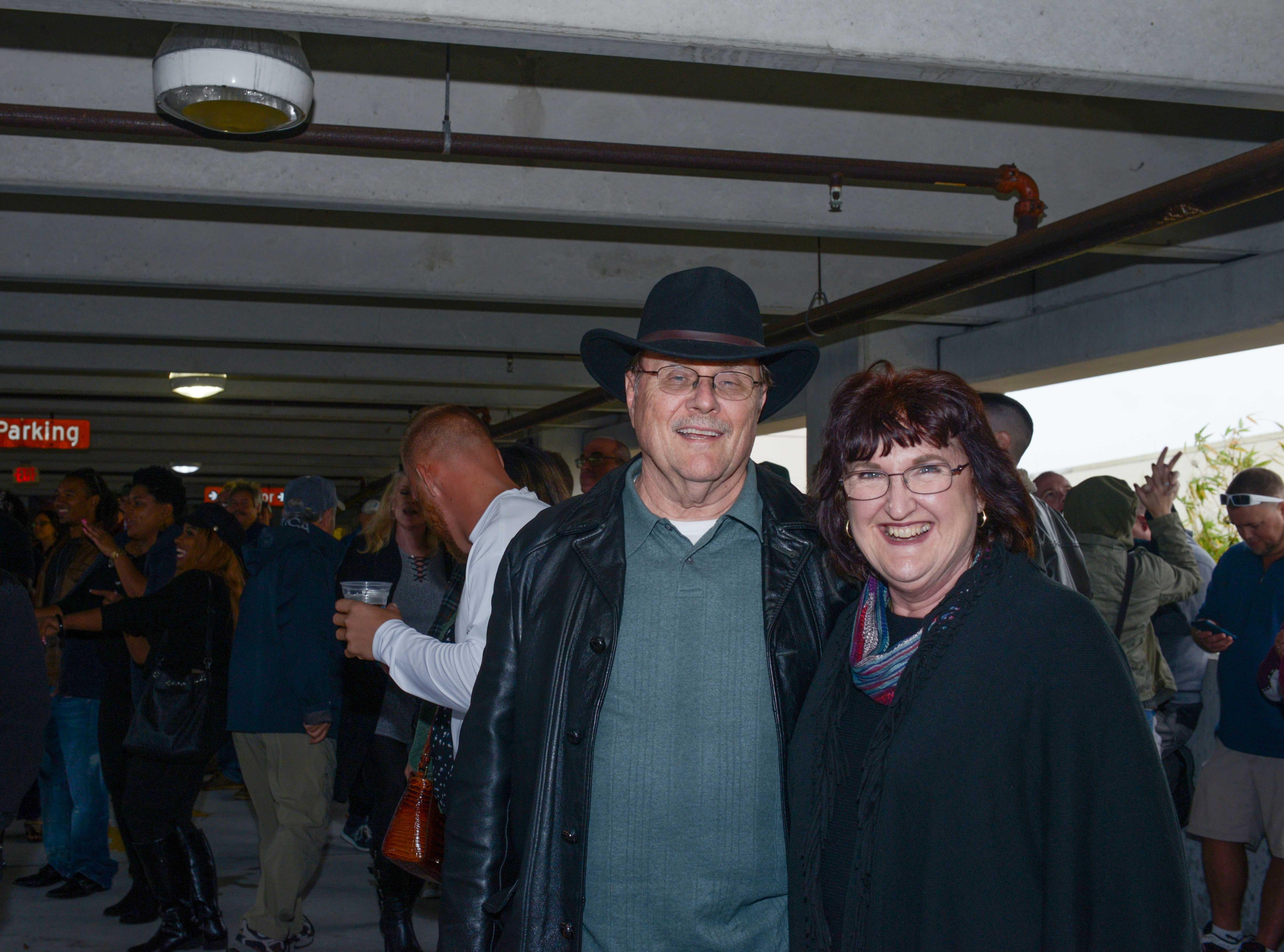 Carl and Kathryn Hensley at Bluebird Educational Foundation's Groovin' & Tastin' Sunrise City Wine & Spirits Fest.