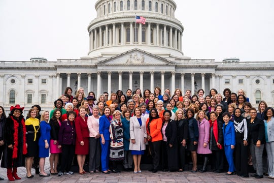Democratic Speaker of the House Nancy Pelosi (C) poses  with Democratic women of the 116th Congress on the East Front of the U.S. Capitol in Washington, D.C. Jan. 4, 2019.