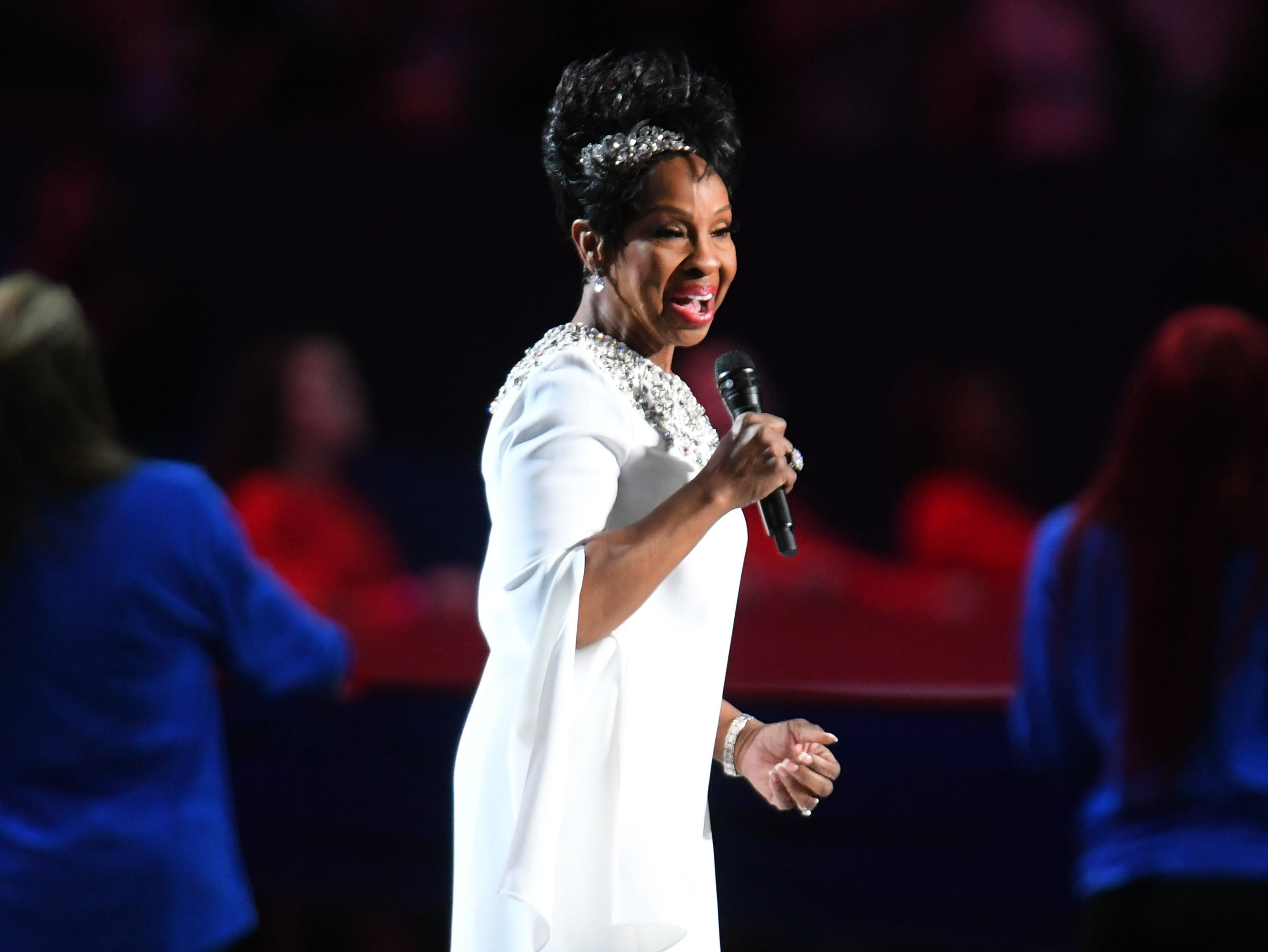 Gladys Knight performs the national anthem before Super Bowl LIII.