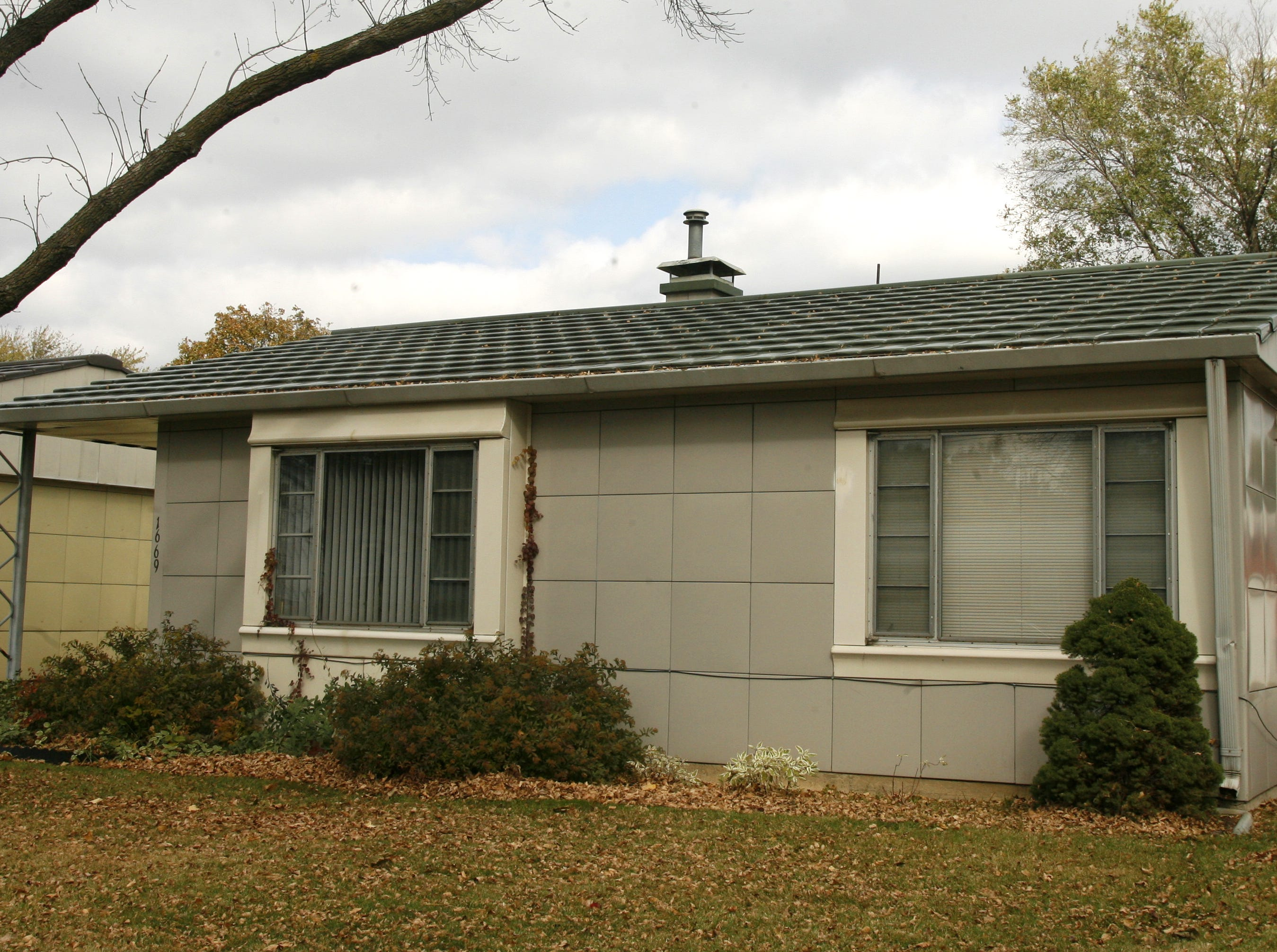 Alex Brown's Lustron home in Des Moines from 2006. The Ohio company made the steel and enamel homes shortly after World War II. There are 15 in the Des Moines area.