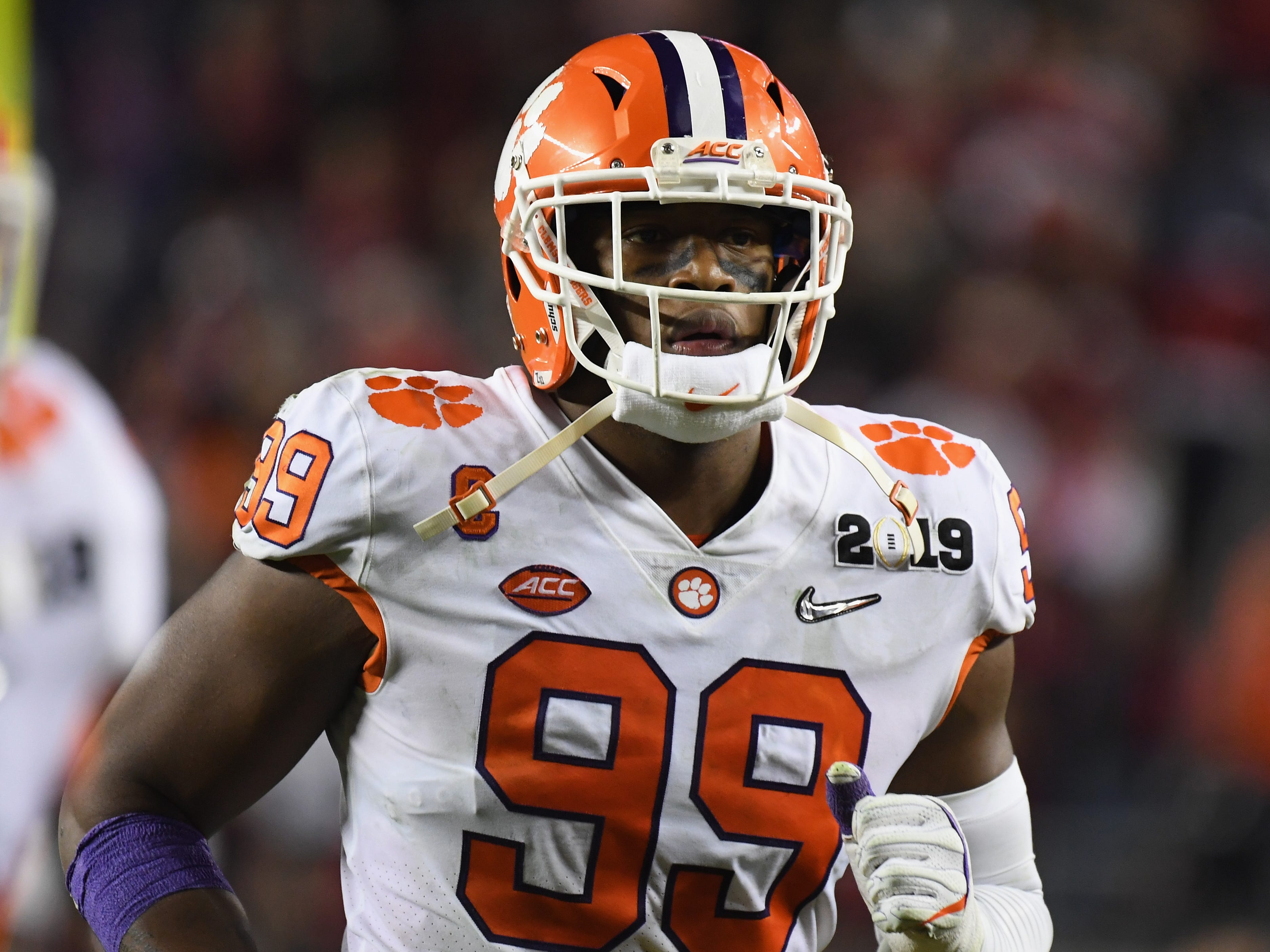 DE Clelin Ferrell, Clemson: Ferrell isn't quite as talented as Allen, Gary or Oliver, but he should go in the top half of Round 1. He's a dependable player, and at 6-5 and 265 pounds he's got the size and length to play right end.