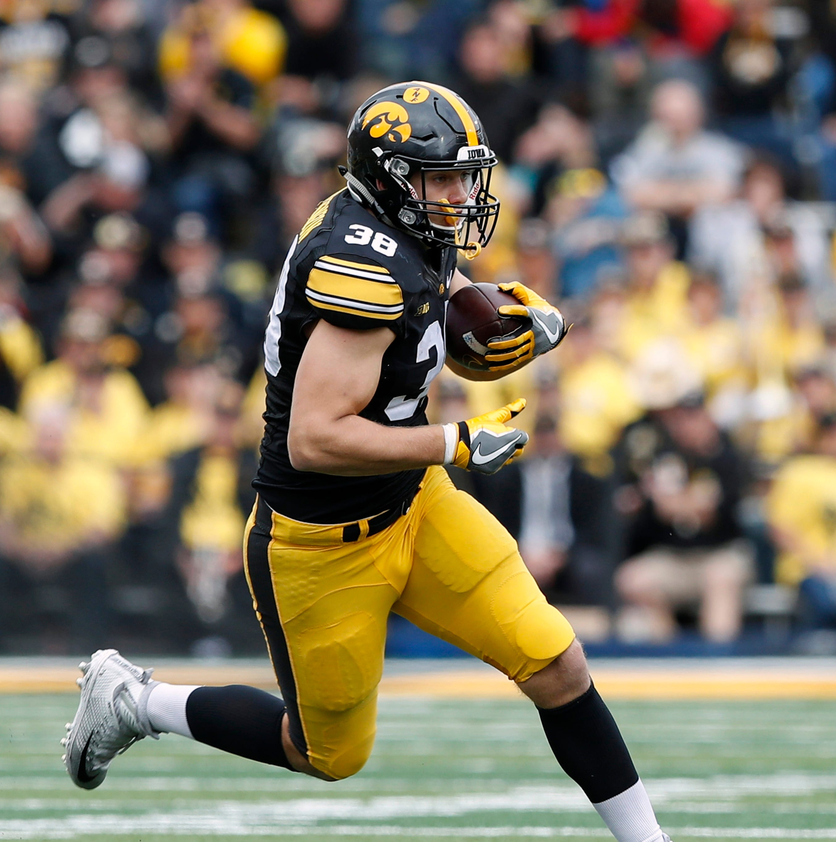 Mel Kiper: Detroit Lions to use first-round NFL draft pick on ... a TE?