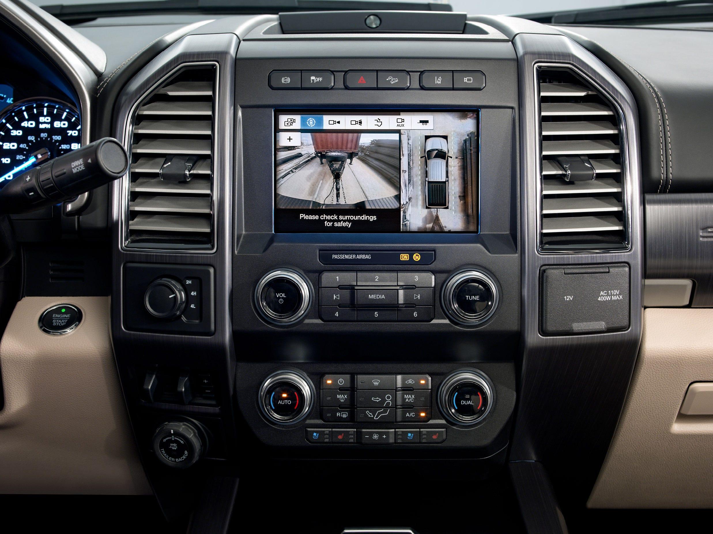 Ford Super Duty backup camera display.