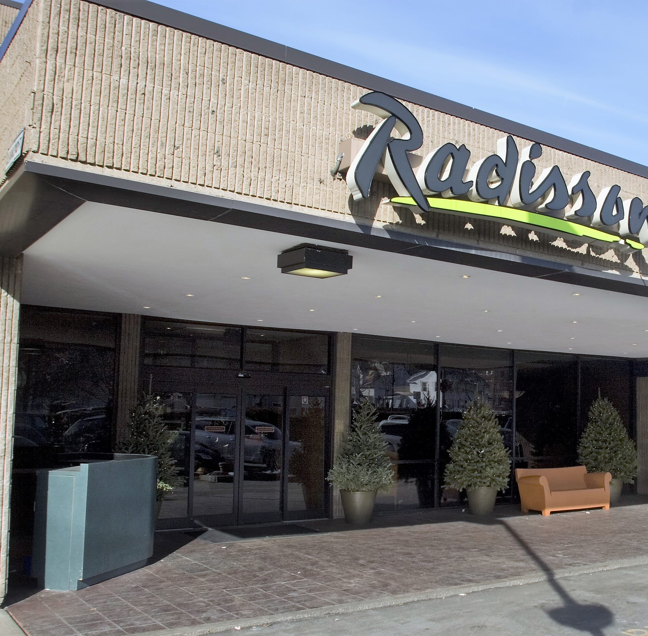 Biz briefs: Accolades for Radisson Hotel in Corning