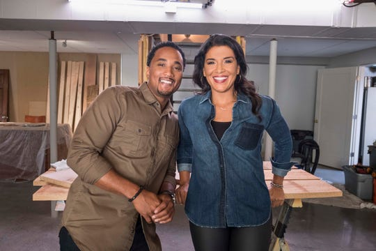 "DeRon Jenkins and Page Turner star together on ""Flip or Flop: Nashville."""