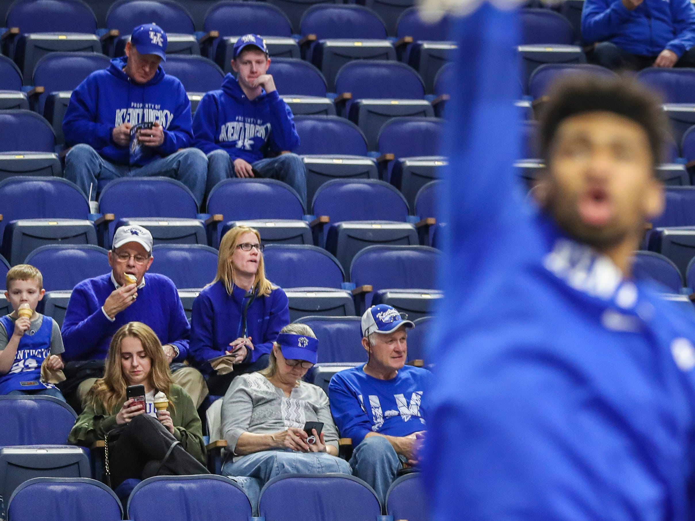 Kentucky fans get ready for the game against South Carolina Tuesday night at Rupp Arena. Feb. 5, 2019
